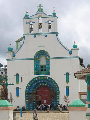 300px-SanJuanChamula_church_2006_08