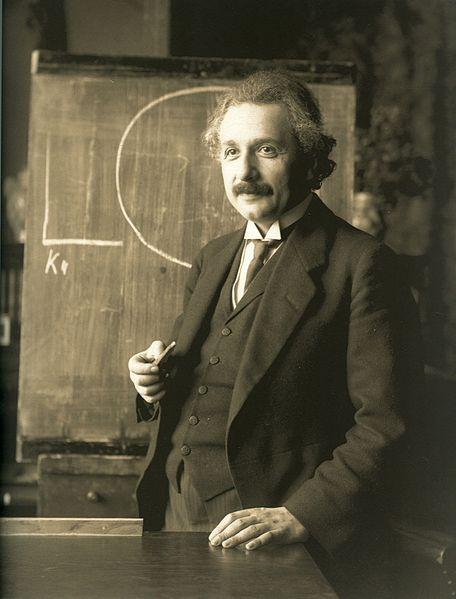 Einstein_1921_wikipedia