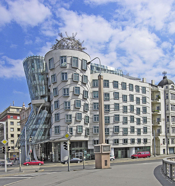 Pic 7 Prague_ginger_u_fred_gehry