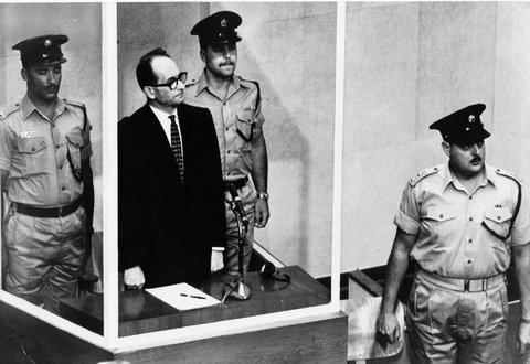 eichmann on trial in jerusalem (1)