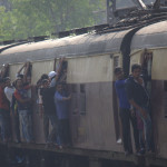railway_crowds6_rs